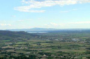 vacanze in Umbria - vista del lago Trasimeno da Cortona